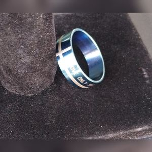 New  stainless steel blue ring size 10